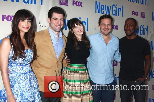 Hannah Simone, Max Greenfield, Zooey Deschanel, Jake Johnson and Lamorne Morris 1