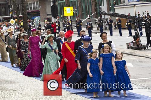 Ariane, Princess Alexia, Princess Catharina Amalia, Princess Beatrix, Princess Mabel, Prince Constantijn and Princess Laurentien 2
