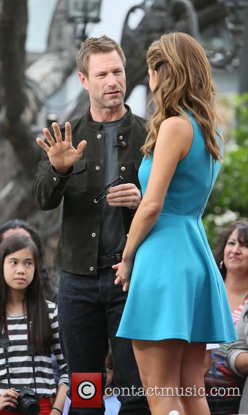 aaron eckhart maria menounos aaron eckhart on the 3637555