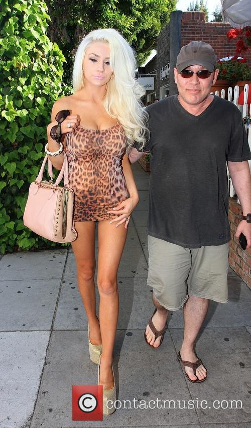 Doug Hutchison and Courtney Stodden 1