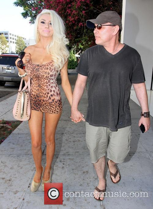 Doug Hutchison and Courtney Stodden 4