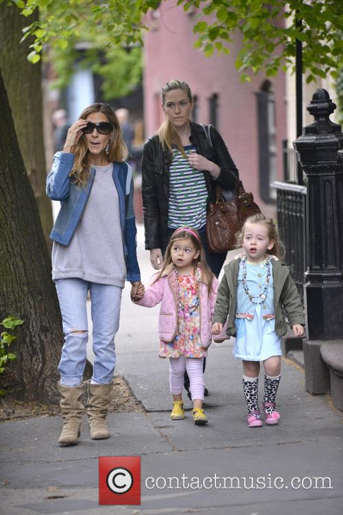 Sarah Jessica Parker, Marion Broderick and Tabitha Broderick 11
