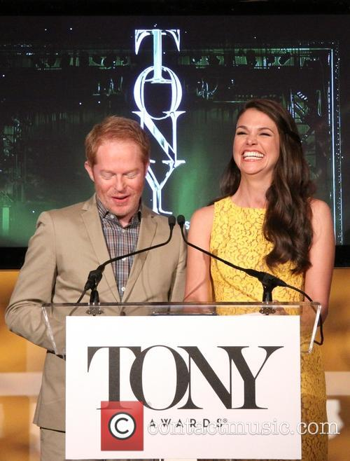Jesse Tyler Ferguson and Sutton Foster 11