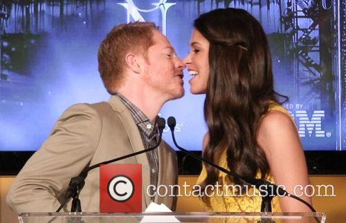 Jesse Tyler Ferguson and Sutton Foster 1