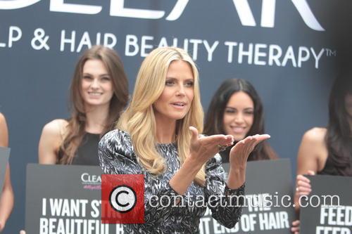 heidi klum heidi klum promotes clear hair 3638903