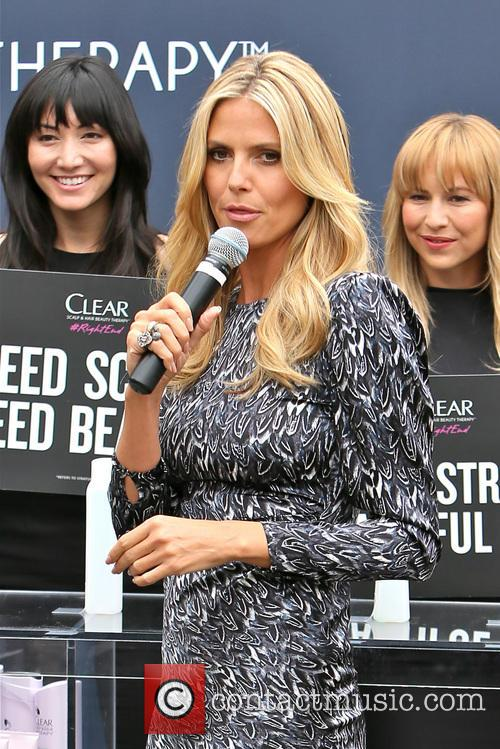 Heidi Klum 32
