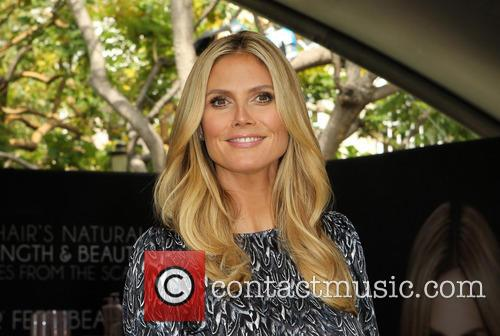 Heidi Klum Kicks Off The 'Right End' Hair...