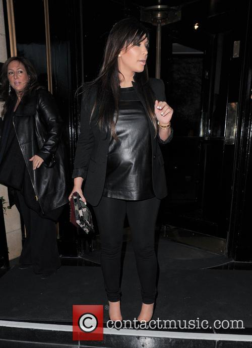 kim kardashian kim kardashian seen leaving her 3639157