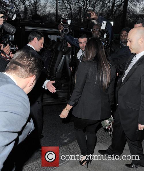 kim kardashian kim kardashian seen leaving her 3639159