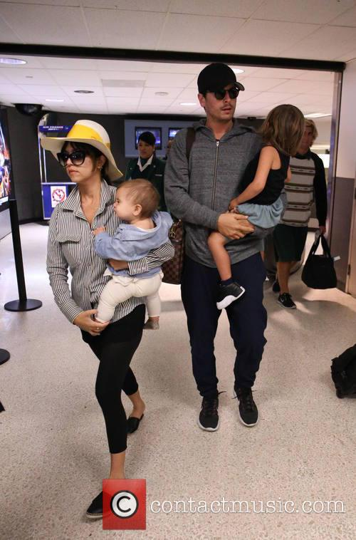 Kourtney Kardashian, Scott Disick, Penelope Scotland Disick and Mason Dash Disick 6