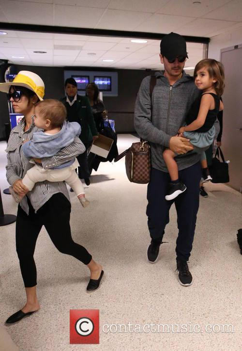 Kourtney Kardashian, Scott Disick, Penelope Scotland Disick and Mason Dash Disick 7