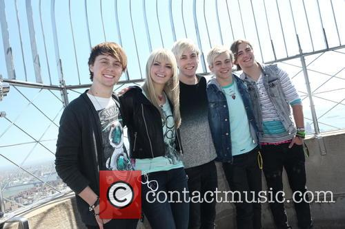 Ross Lynch And His Whole Family Picture - ross lynch at esbRoss Lynch Whole Family
