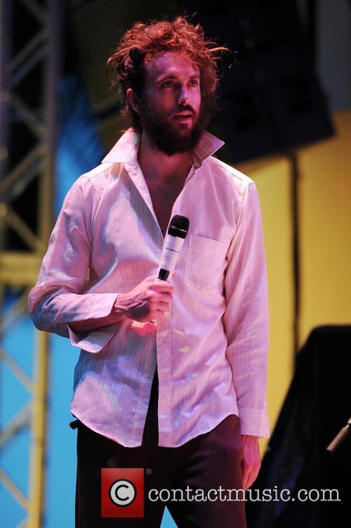 Alex Ebert 4