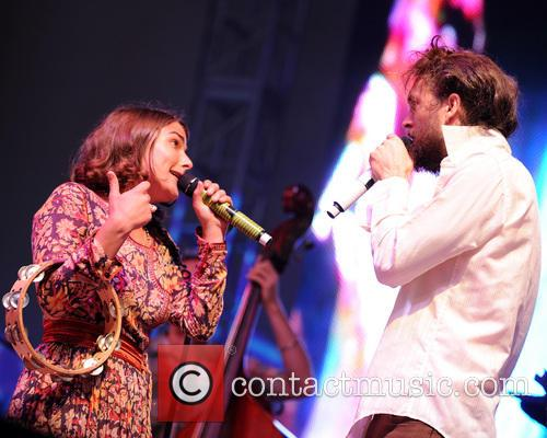 Jade Castrinos and Alex Ebert 3