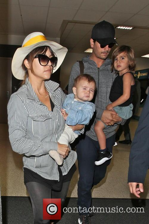 Kourtney & Scott Disick w/kids