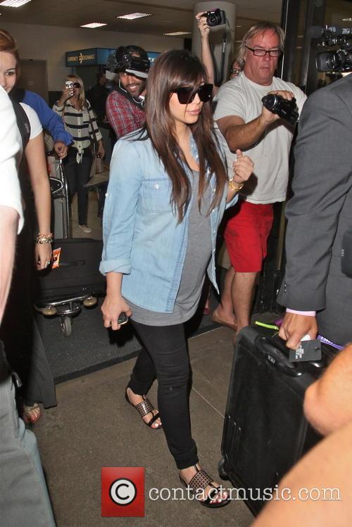 Kim Kardashian, LAX airport