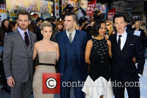Chris Pine, Alice Eve, Zachary Quinto, Zoe Saldana and Benedict Cumberbatch 2