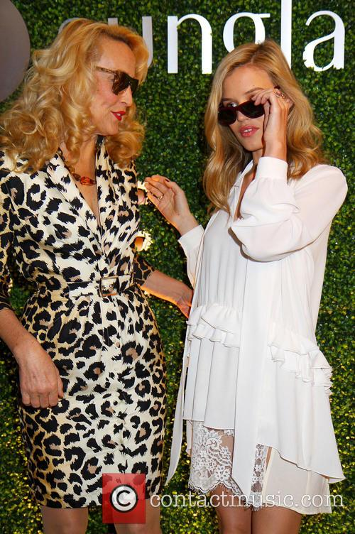 Georgia May Jagger and Jerry Hall 8