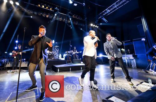 Blue, Lee Ryan, Simon Webbe, Duncan James and Antony Costa 6