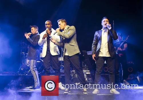 Blue, Lee Ryan, Simon Webbe, Duncan James and Antony Costa 8