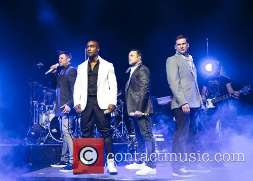 Blue, Lee Ryan, Simon Webbe, Duncan James and Antony Costa 1