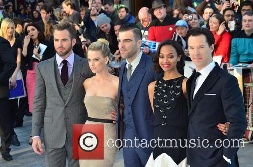 Chris Pine, Alice Eve, Zachary Quinto, Zoe Saldana and Benedict Cumberbatch 7