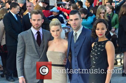 Chris Pine, Alice Eve, Zachary Quinto and Zoe Saldana 9