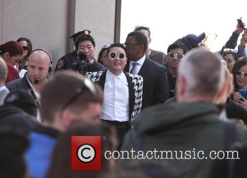 Psy and Park Jae-sang 6