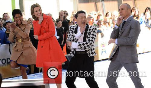 Savanna Guthrie, Psy and Matt Lauer 2