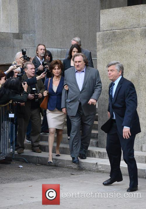 Gerard Depardieu and Jacqueline Bisset 8
