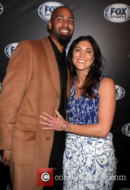 Hope Solo and Jerramy Stevens 4