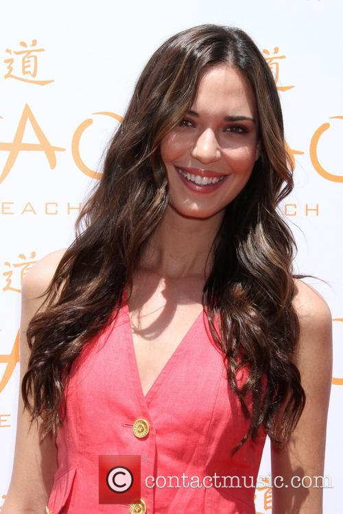 Odette Annable 14
