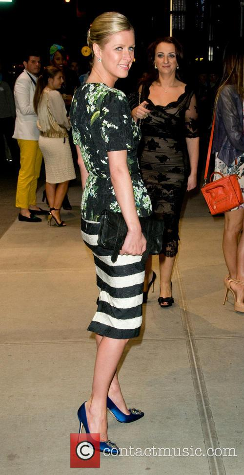 nicky hilton dolce gabbana fifth avenue flagship 3649442
