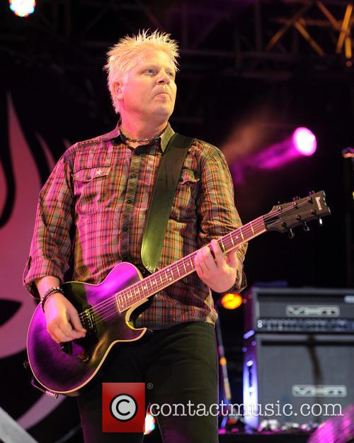 Dexter Holland and The Offspring 8