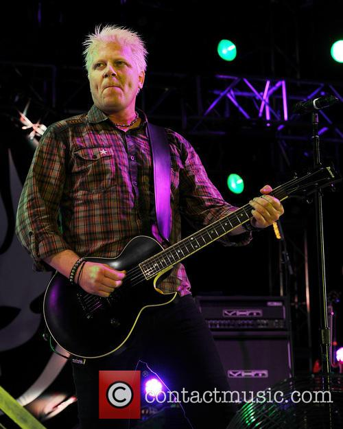 Dexter Holland and The Offspring 12