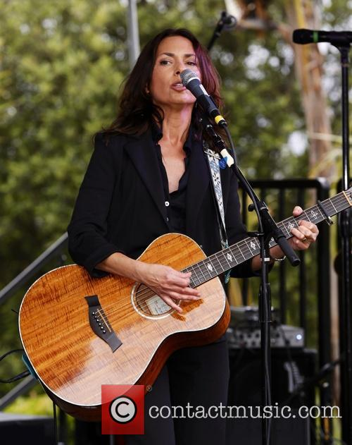 susanna hoffs adam carolla launches mangria white 3644561