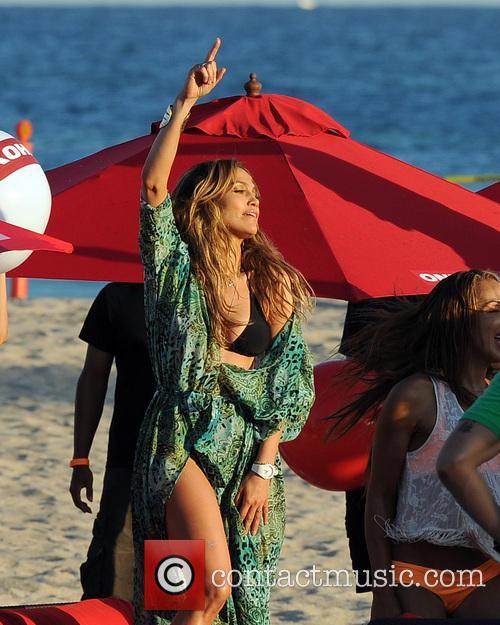 Jennifer Lopez 58