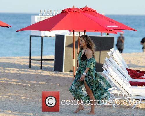 Jennifer Lopez 93