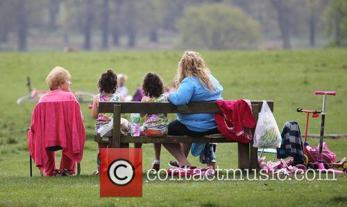 People In Richmond Park and Atmosphere 6