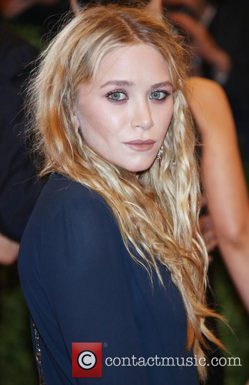 Mary-Kate Olsen, Metropolitan Punk: Chaos To Couture Gala