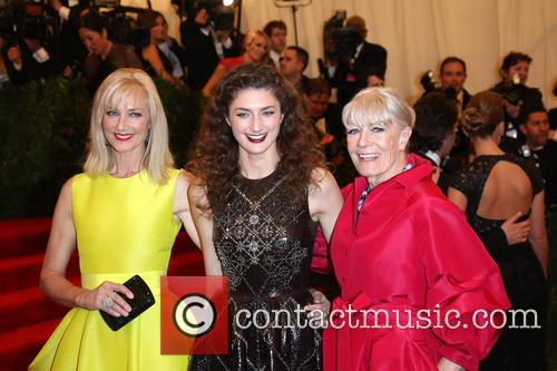 Joely Richardson (l-r), Daisy Bevan and Vanessa Redgrave