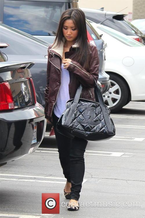 Brenda Song Had Lunch With Friend In Studio...