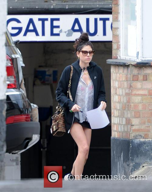 Eliza Doolittle seen shopping in a highgate Tesco...