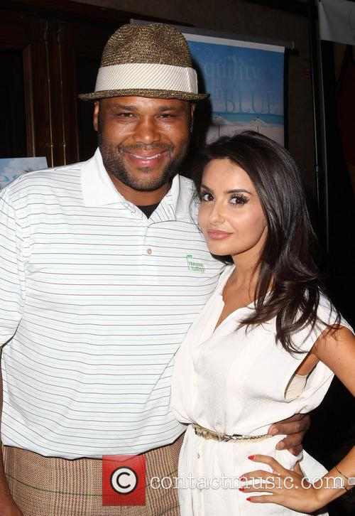 Anthony Anderson and Mikaela Hoover 2