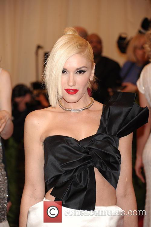 gwen stefani punk chaos to couture costume 3648641