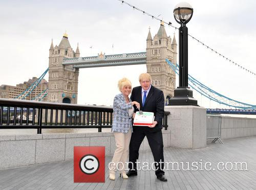 Boris Johnson and Barbara Windsor 1