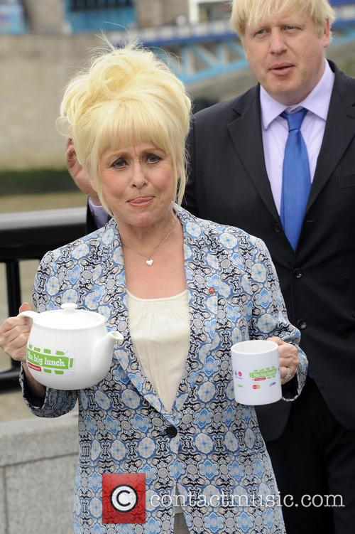 Barbara Windsor and Boris Johnson 5