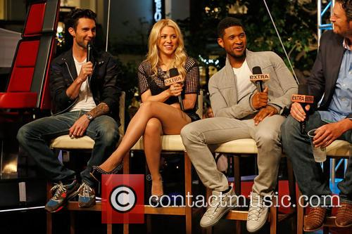 Adam Levine, Shakira, Usher and Blake Shelton 6