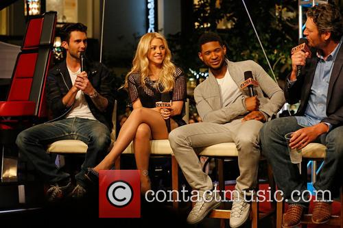 Adam Levine, Shakira, Usher and Blake Shelton 11