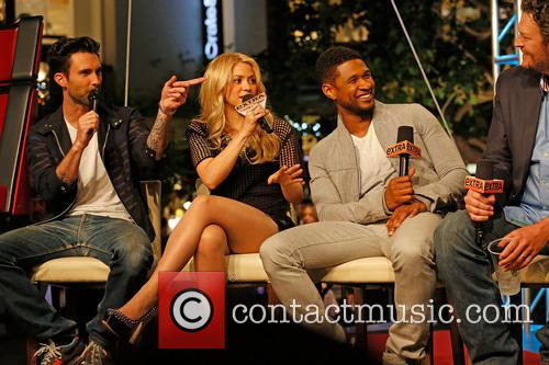 Adam Levine, Shakira, Usher and Blake Shelton 1